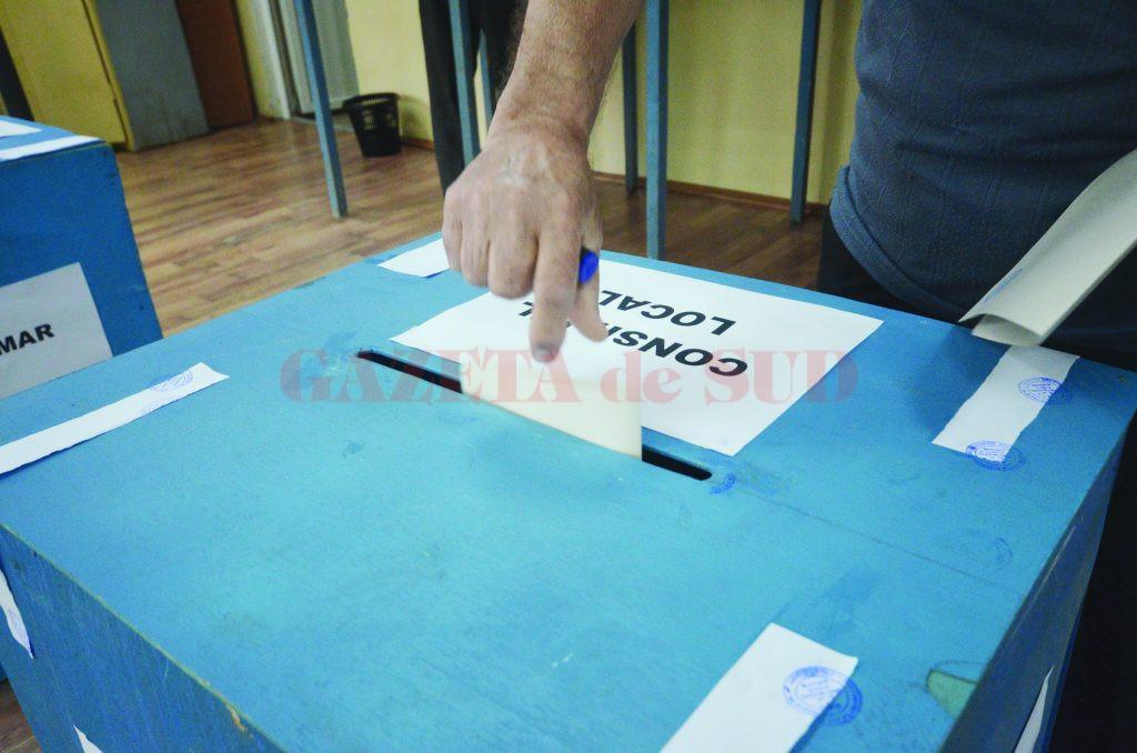 Președintele Iohannis a subliniat că mandatul parlamentarilor nu poate fi prelungit.
