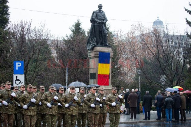 Anul trecut, s-a dat onorul la statuia lui Alexandru Ioan Cuza din centrul Craiovei