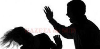 Bătrână de 70 de ani, bătută de nepotul de 18 ani