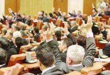 Legea pensiilor este la votul deputaților