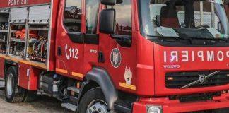 Gorj: Autoturism în flăcări, în centrul municipiului Târgu Jiu
