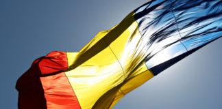 Ziua Drapelului Naţional, sărbătorită de Prefectura Dolj (Foto: Transilvania News)