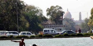 Temperaturi record la New Delhi