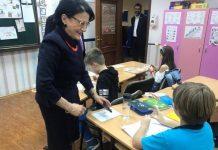 Ecaterina Andronescu le ceară elevilor să nu îi mai trimită mesaje