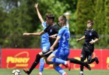 Craiovenii (în albastru) nu au reușit să obțină titlul de campioni (Foto: frf.ro)