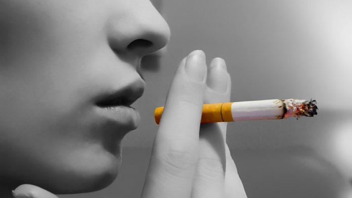 Reclamele la țigări și sponsorizarea de către companiile din domeniu ar putea fi interzise