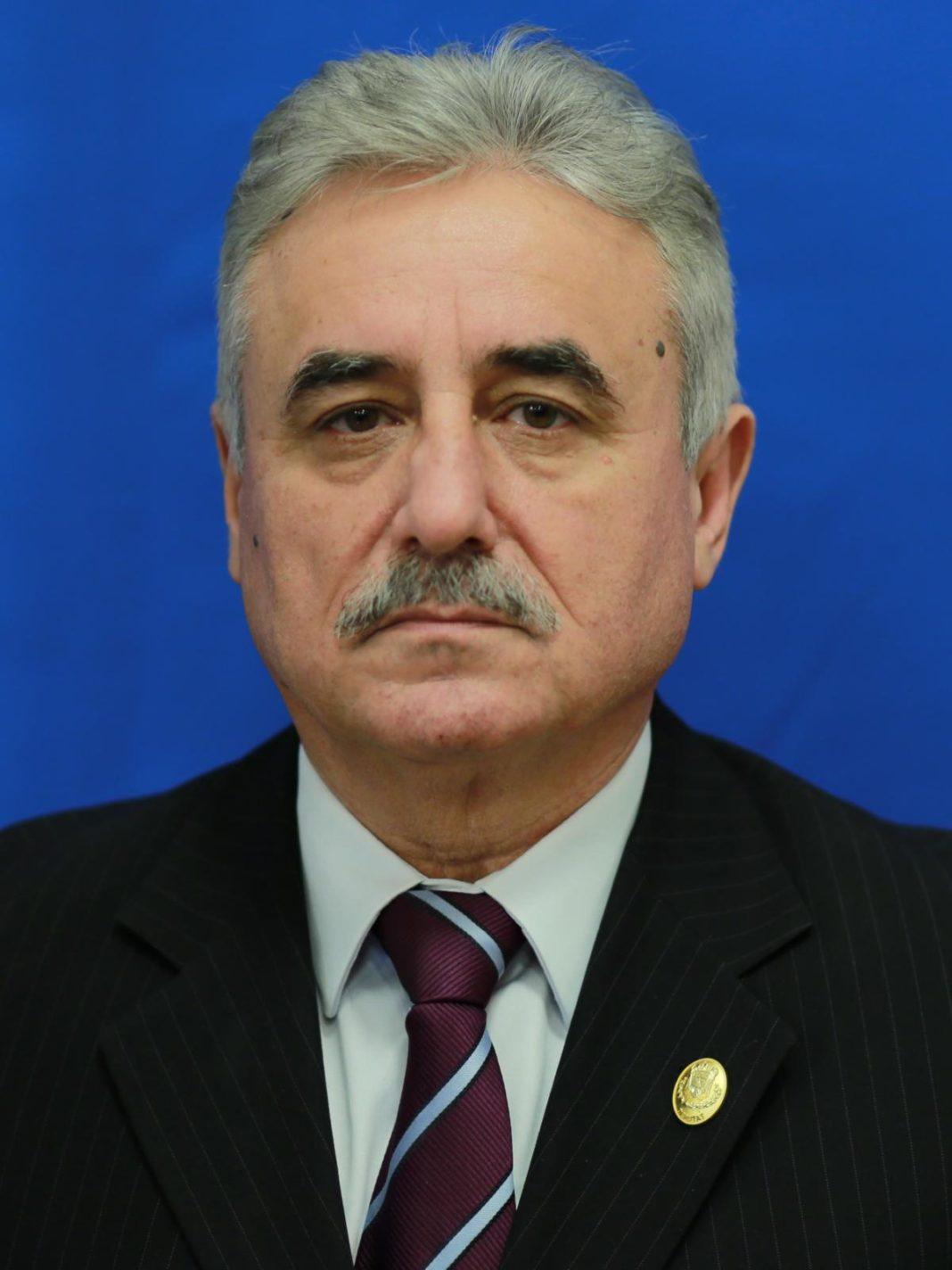 Vicepremierul Viorel Ștefan îşi încheie mandatul în Guvern