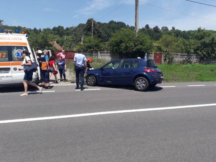 Doi minori, răniţi într-un accident la Tâmna