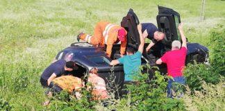 Şofer mort, după ce s-a răsturnat cu mașina în localitatea Moi