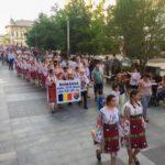 Ie purtată cu mândrie la Craiova - Foto: Relu Soare