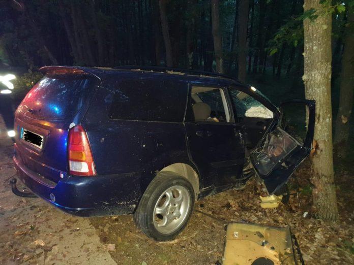 Tânăr, rănit într-un accident rutier la Dănești