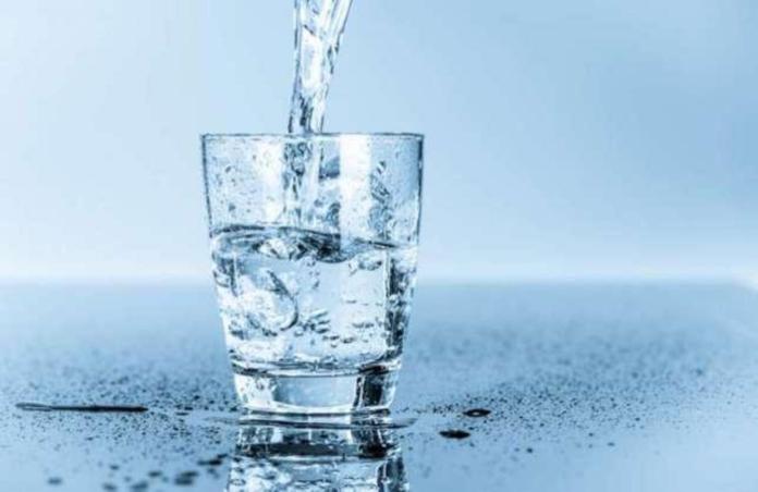 Compania de Apă face apel la consumatori să folosească apa doar în scop casnic