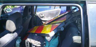 Balize reflectorizante, furate de pe DN 67, la ieșire din Târgu Jiu