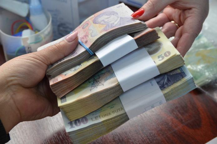 Teanc de bani