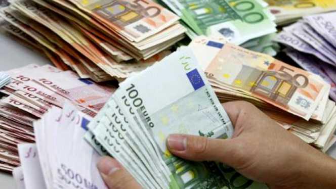 Curs BNR: Cum sunt afectați cei cu credite în franci elvețieni!