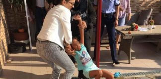 Protecţia Copilului Dolj îi contrazice pe procurorii din Craiova în cazul fetiţei târâte pe stradă