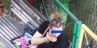 Craiovenii prinşi că fumau la locurile de joacă, amendaţi