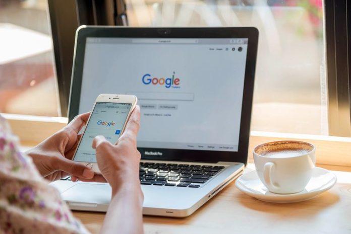 Cum poţi şterge istoricul din Google