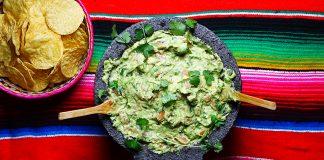 Guacamole clasic-rețeta mexicană cu ingrediente originale