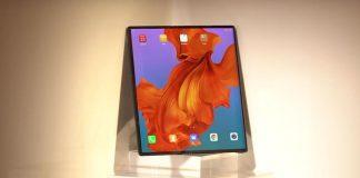 Huawei anunță că Mate X, telefonul pliabil anunțat în februarie, nu va ajunge luna aceasta la primii clienți