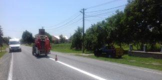 Se execută marcaje rutiere pe DN 67, între Polovragi și Târgu Jiu