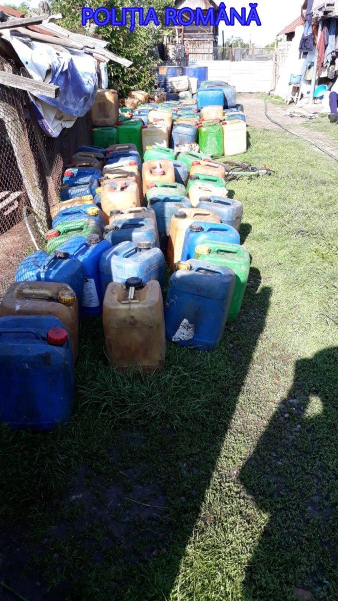 Polițiștii au identificat cantitatea de 1.500 de litri de produs petrolier