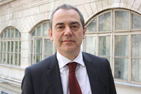 Vlad Alexandrescu: Teodorovici cere