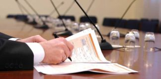 Firmele românești obligate să-și scoată proprietarii la vedere