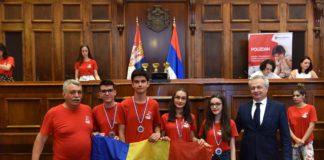 Mai mulţi elevi de la Buzeşti, premiaţi în Belgrad