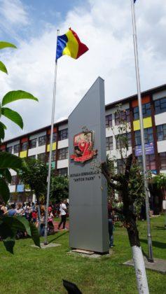 """Locul este amplasat în imediata vecinătate a Şcolii gimnaziale """"Anton Pann"""""""