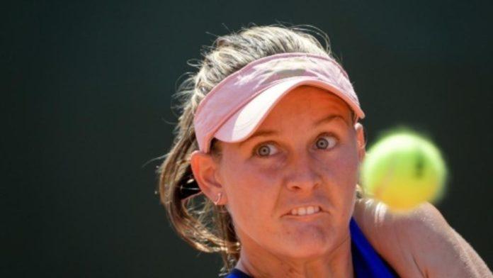 Fiona Ferro a câştigat primul ei turneu din circuitul profesionist