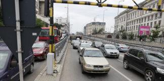 Maşini în trafic