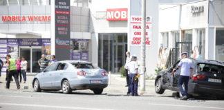 În accident au fost implicate trei maşini