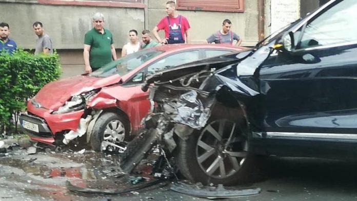Ministrul Transporturilor, Răzvan Cuc, implicat într-un accident rutier
