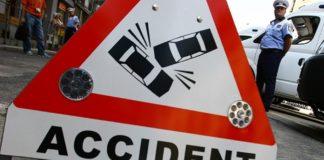 Doi tineri, de 17 și 19 ani, răniți într-un accident rutier