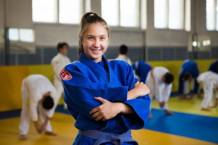Alexandra Maria Paşca a obţinut medalia de bronz la categoria 52 de kilograme la Baku