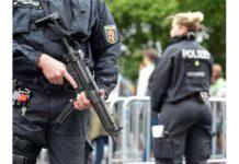 Un poliţist, politicieni locali şi mafioţi, arestaţi