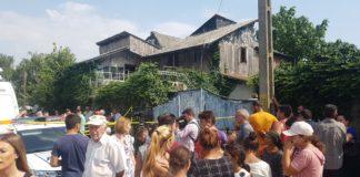 Anchetatorii spun că au ridicat mai multe probe din locuinţa lui Gheorghe Dincă.