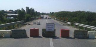 Mai multe drumuri sunt închise circulaţiei