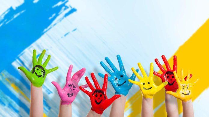Cursuri de pictură gratuite pentru elevi