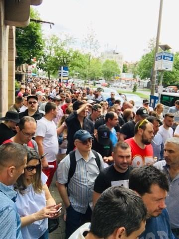 Iohannis a promulgat legea privind votul din diaspora, care introduce votul anticipat și votul prin corespondență