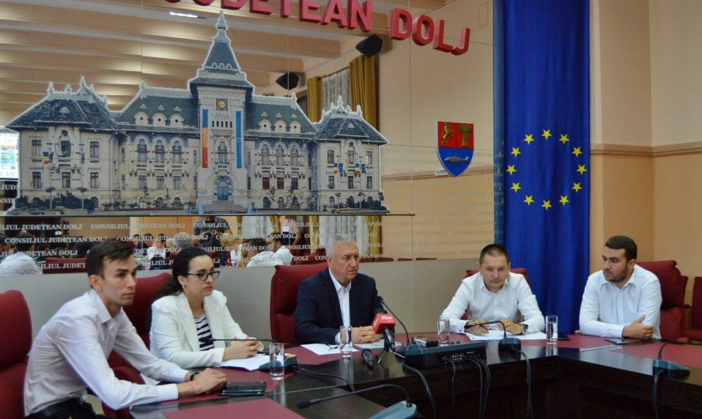 """La Consiliul Județean Dolj a fost lansat, joi, ghidul turistic digital """"Discover Dolj"""""""