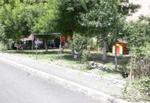 Locul de joacă de la blocul 307C de pe strada Toporaşi