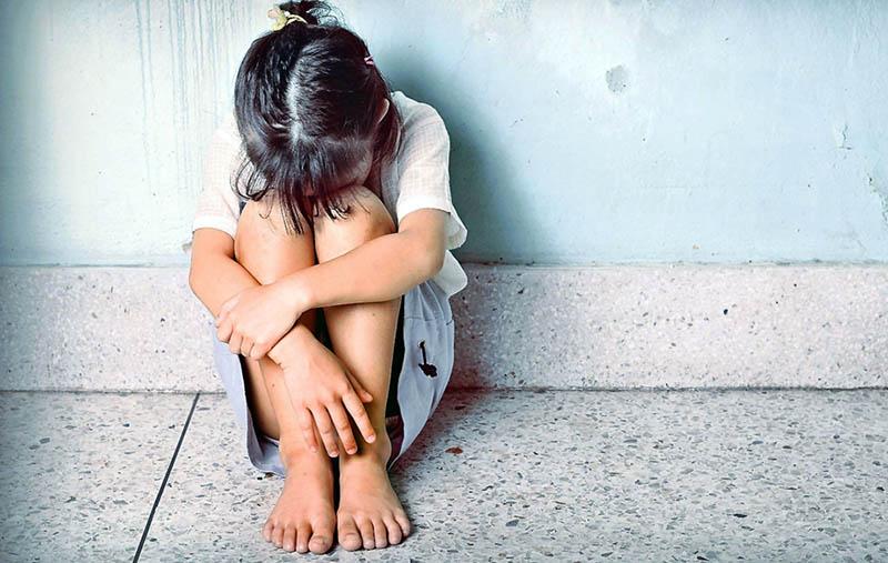 Tânăr reținut după ce a întreținut relații sexuale cu o fata de 13 ani