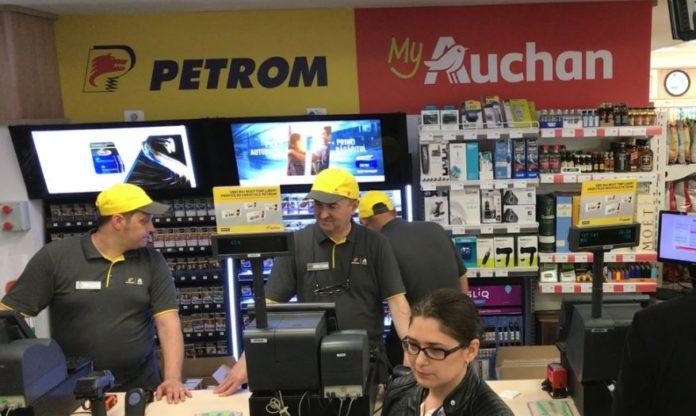 Auchan Romania preia magazinele din stațiile Petrom