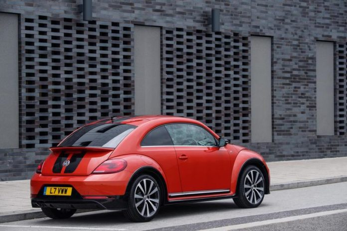 Volkswagen Beetle, una dintre cele mai cunoscute mașini din istorie, a ieșit din scenă