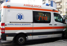 Un bărbat a murit așteptând Ambulanța. Medicul s-a speriat de doi pechinezi