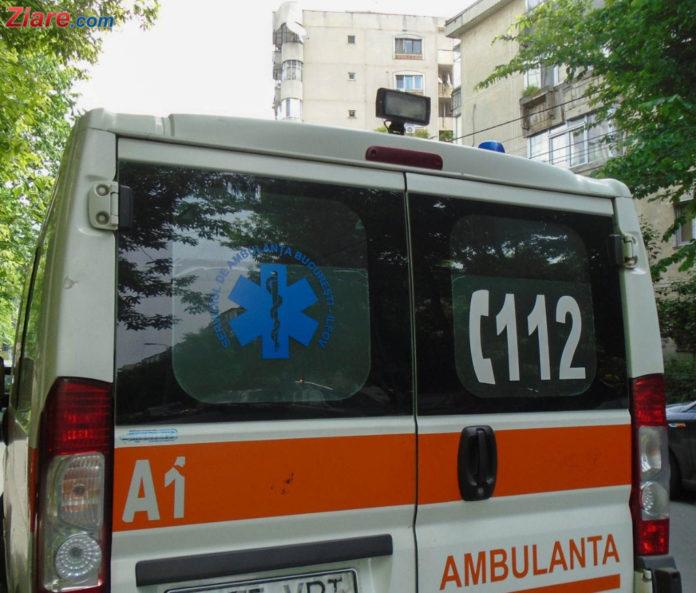 Un ambulanțier a primit salariu, fără să se prezinte la muncă