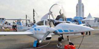 OE-FSD, avionul care aterizează fără a fi controlat