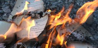 Guvernul turc a distrus peste 300.000 de cărţi